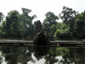2 Neak Pean (door het regenseizoen onbereikbaar)
