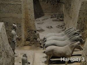 Terracottaleger - Hal (Pit) 3
