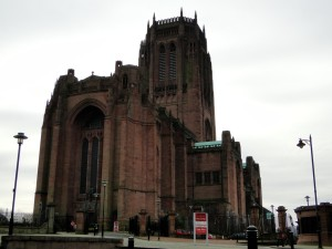 Anglican Cathedral Liverpool (kathedraal) - Buitenkant
