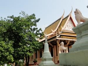 Phnom Penh - Wat Phnom (2)