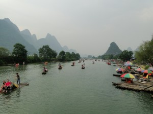 China Yangshuo Bamboo raft - crowd