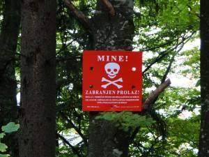 Sarajevo - Warning signs Mines (1)
