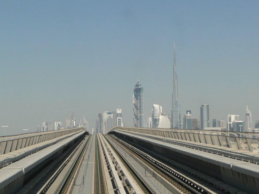 Burj Khalifa Dubai (vanuit Metro)