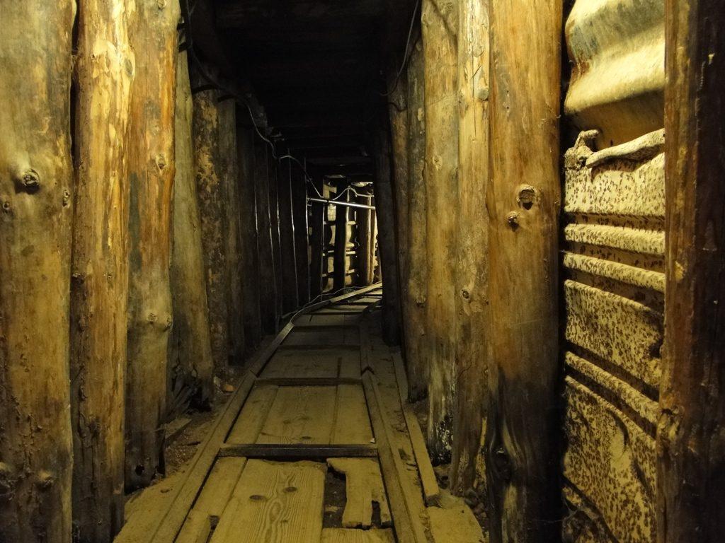 Bosnie Sarajevo -Tunnel in Tunnelmuseum