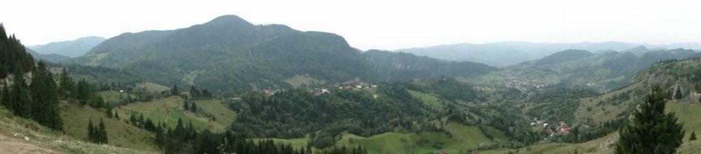 Roemenie uitzicht tussen Campalung en Bran