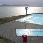 Zwemmen in het mooiste zwembad van IJsland