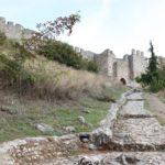 Op de flanken van de Olympus; Platamon Castle